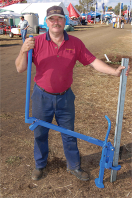 Universal Fence Post Puller